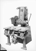 GFA 17/40298: Pendulum milling machine