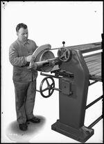 GFA 17/45142: Band grinding machine