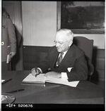 GFA 17/520676: Iron Library, inauguration ceremony