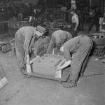 GFA 17/550710.1: Cast apprentice at work