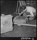 GFA 17/550710.2: Cast apprentice at work