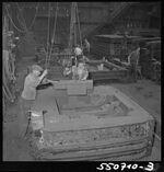 GFA 17/550710.3: Cast apprentice at work