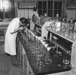 GFA 17/571508.3: Reportage: education of the laboratory apprentice