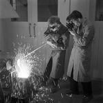 GFA 17/571508.9: Reportage: education of the laboratory apprentice
