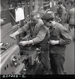 GFA 17/630823.2: Reportage: training as a lathe operator at GF