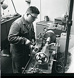 GFA 17/630823.4: Reportage: training as a lathe operator at GF