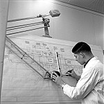 GFA 17/650072.3: Reportage: vocational training of technical draftsmen
