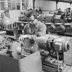 GFA 17/650237.1: People and labor in the machine plant