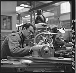 GFA 17/650237.2: People and labor in the machine plant