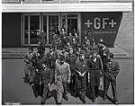 GFA 17/660691: Start of apprenticeship, group picture for the machine plant