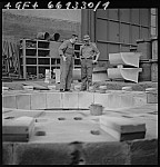 GFA 17/661330.1: Reportage: industrial photographer Max Graf at work