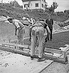 GFA 17/7385.1: Road construction with grey cast iron floor covering