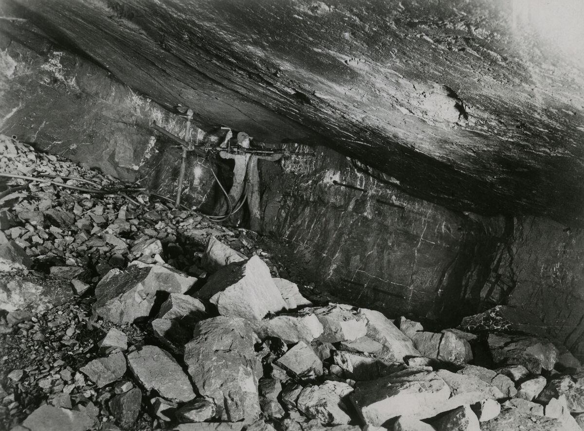 EBA 2/321.38: Gonzen, Bergwerksaufnahmen unter Tage