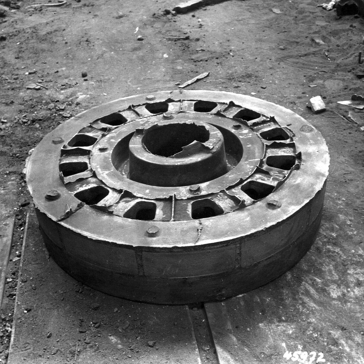GFA 12/45972: Reportage casting process in malleable casting