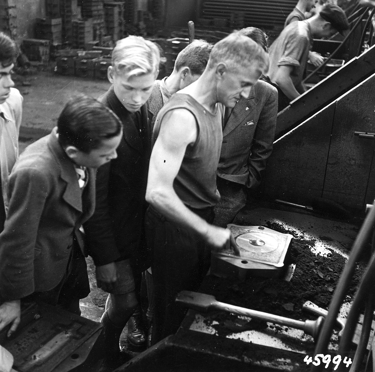 GFA 12/45994: Reportage casting process in malleable casting
