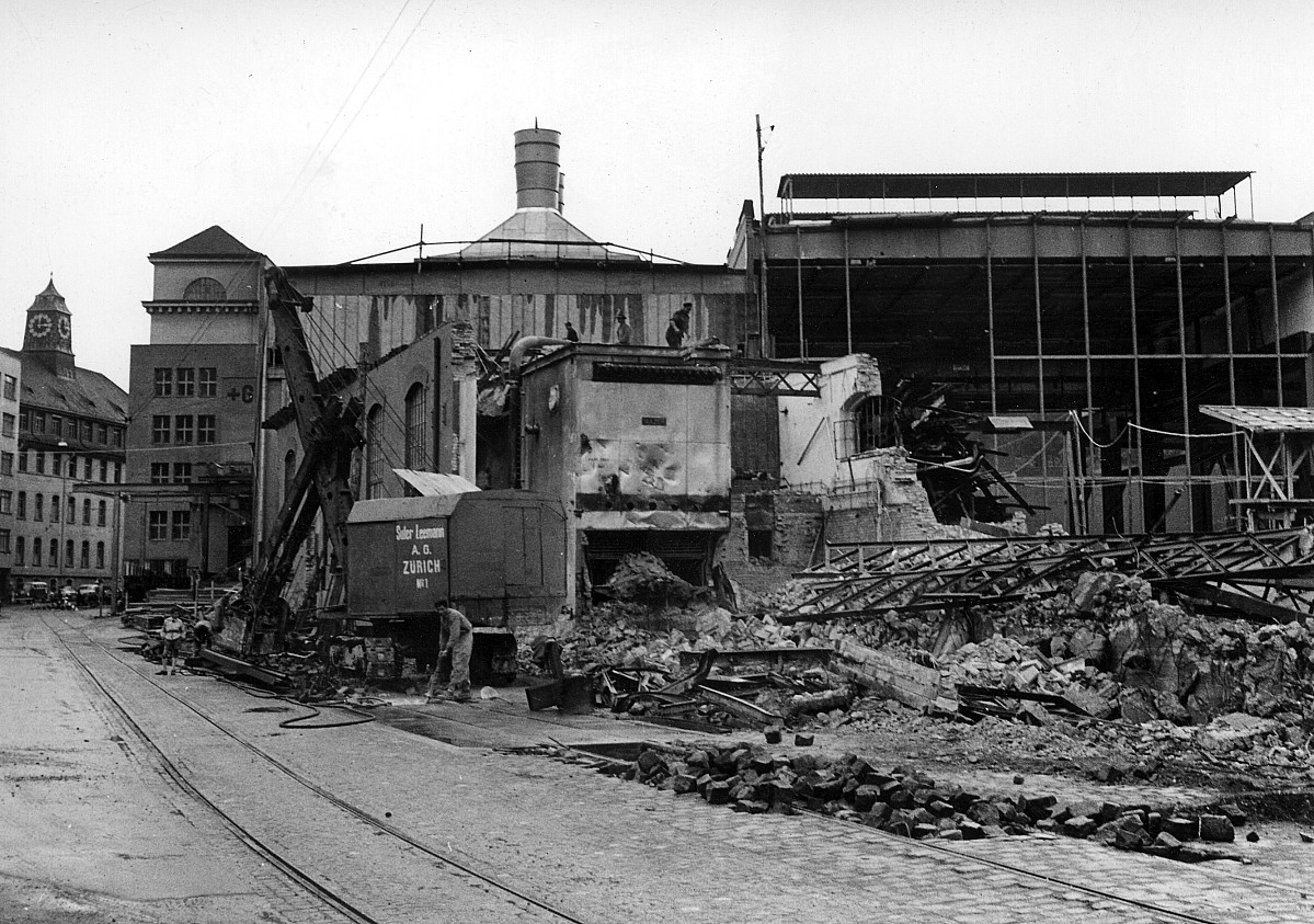GFA 12/460687: Renovation of the steel foundry: demolition