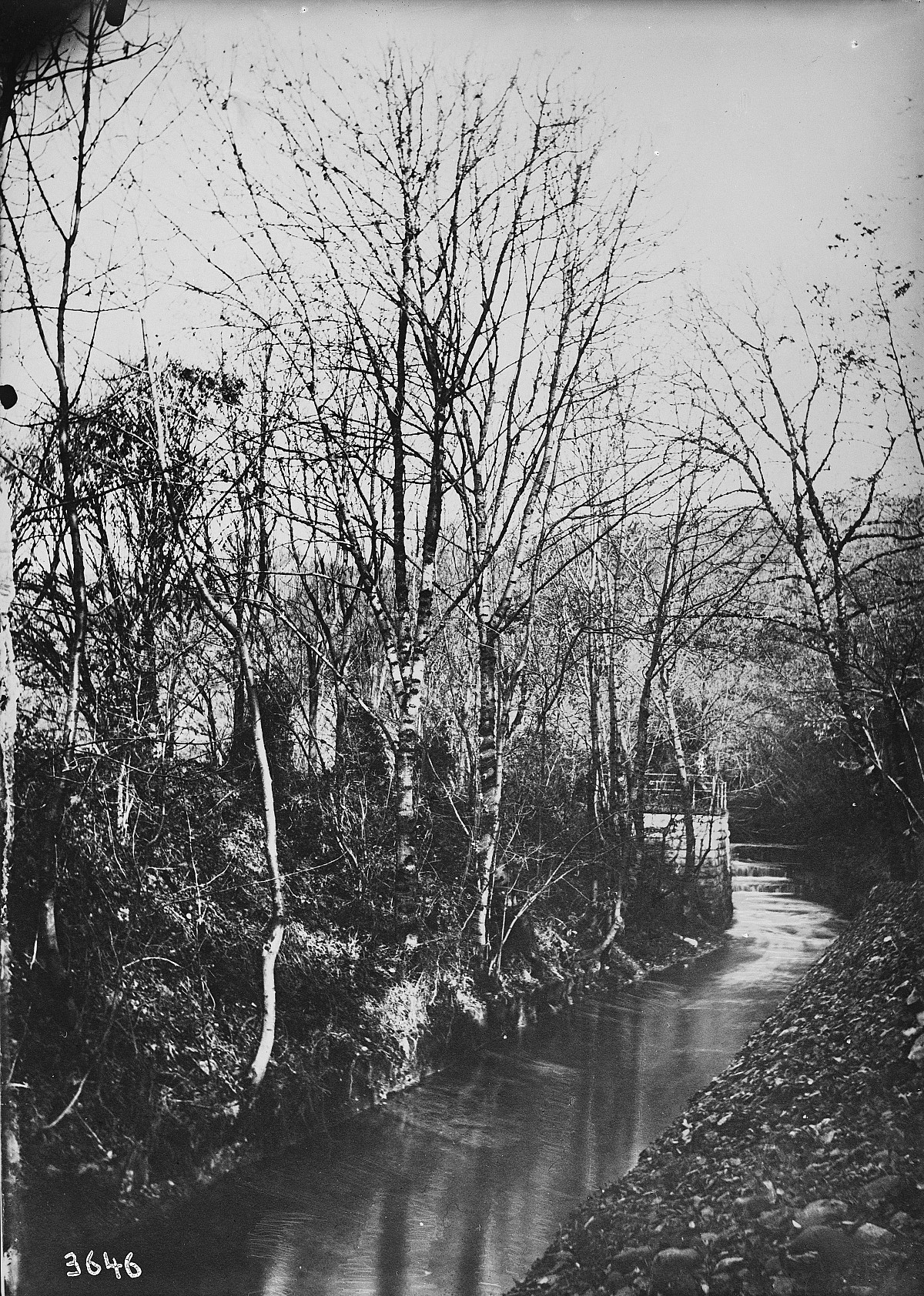 "GFA 16/3646: Bridge in the ""Kessel"""