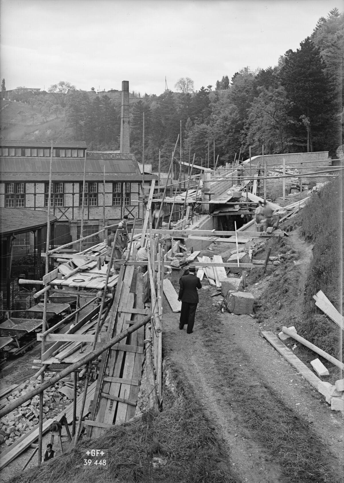 GFA 16/39448: Construction of the retaining wall near plant I