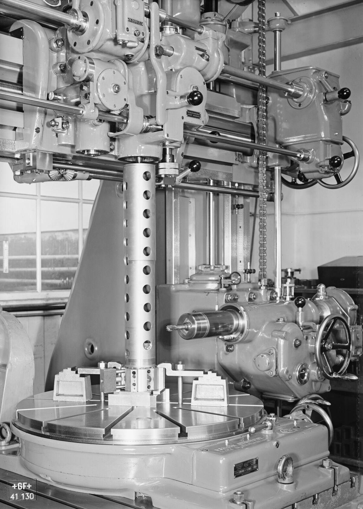 GFA 16/41130: Gauge boring mill