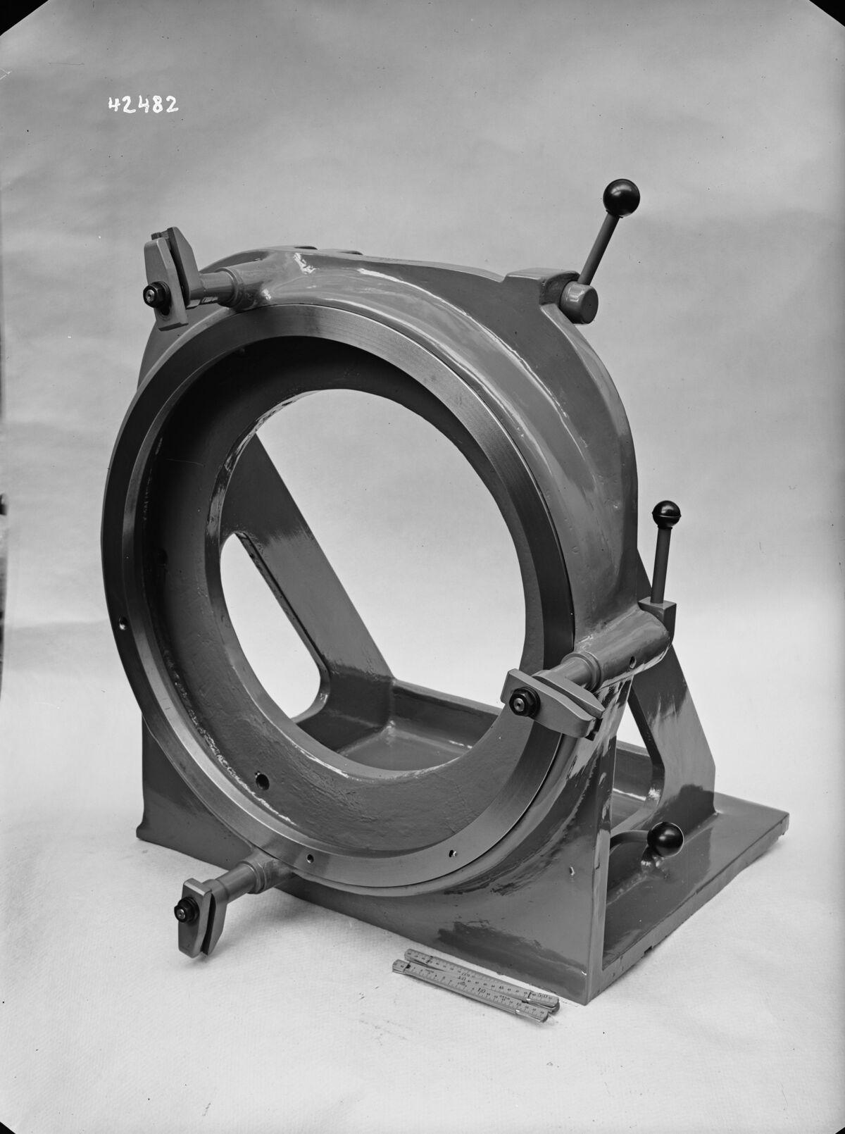 GFA 16/42482: Machine tool gauge
