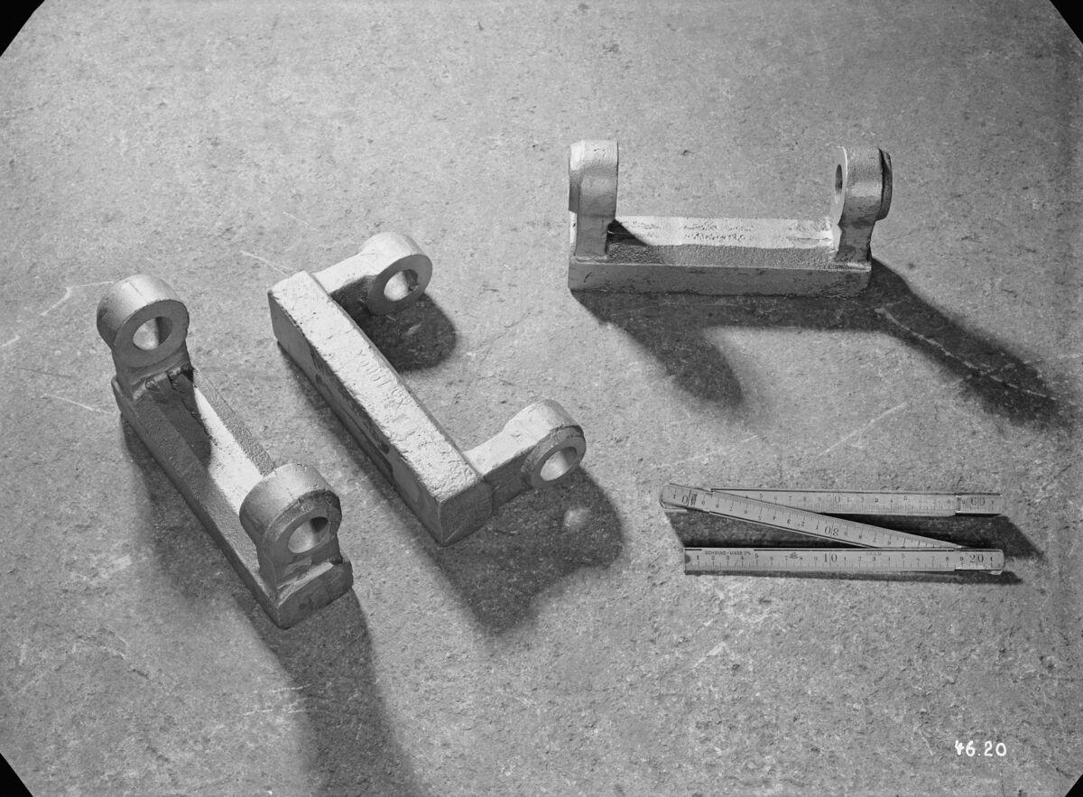 GFA 16/4620: Bell hammers ironworks Klus