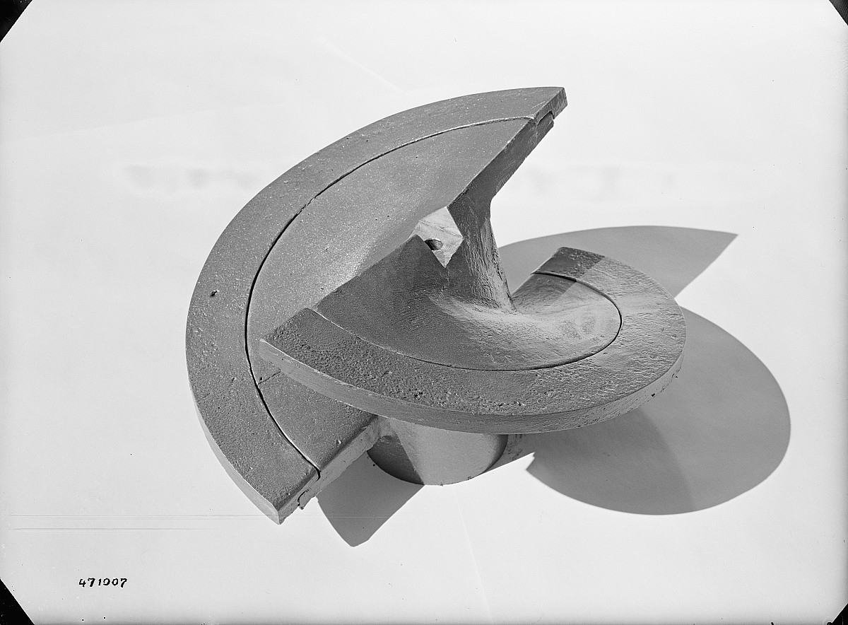 GFA 16/471007: Screw body with cone segments for Schmidheiny