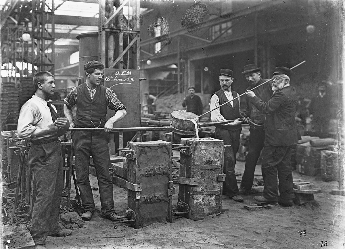 GFA 16/530082: Group of foundrymen, plant I, 1903