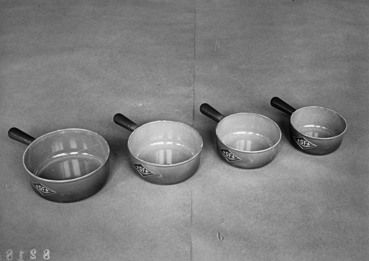 GFA 16/8218: Cookware