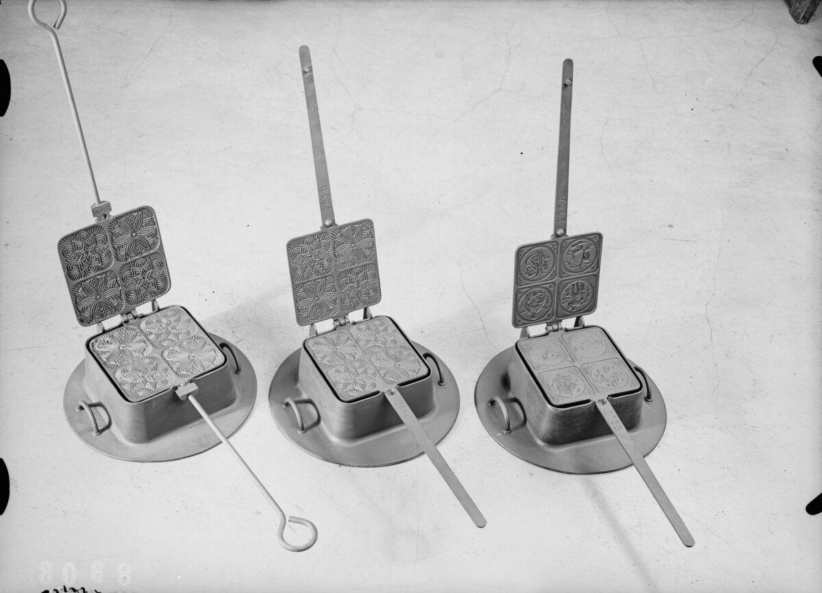 GFA 16/8303: Pretzel iron