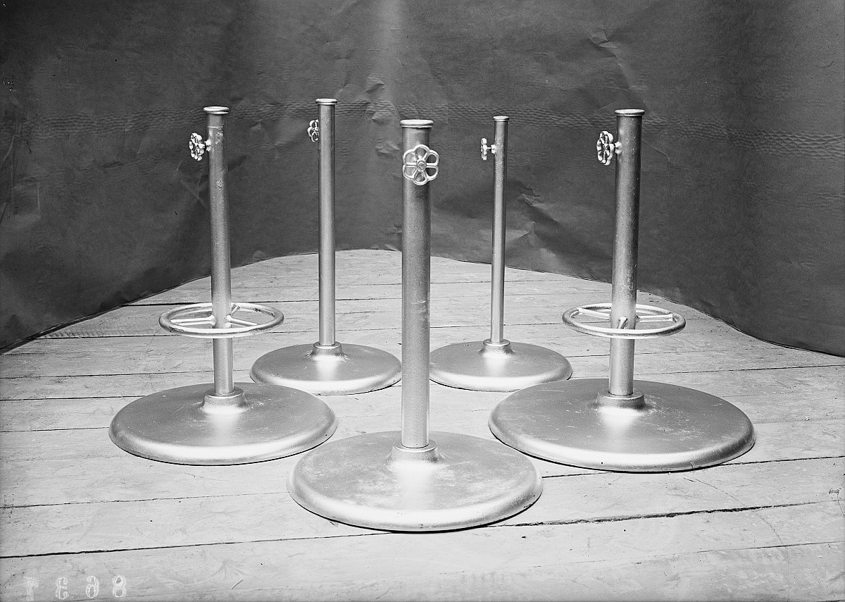 GFA 16/8637: Umbrella stands