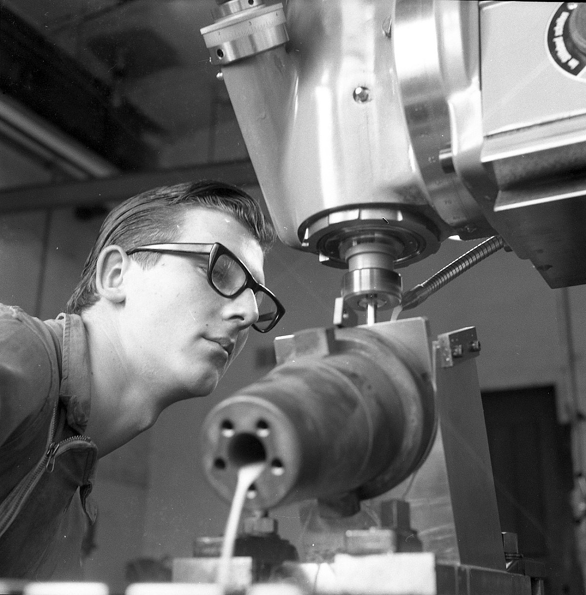 GFA 17/650072.35: Reportage: vocational training of technical draftsmen