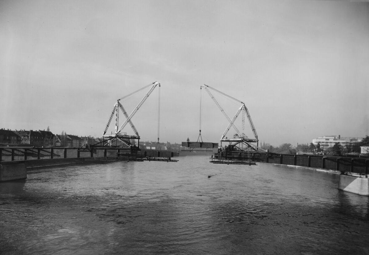 GFA 20/135.188: Stahl- und Brückenbau: St.Albanbrücke in Montage