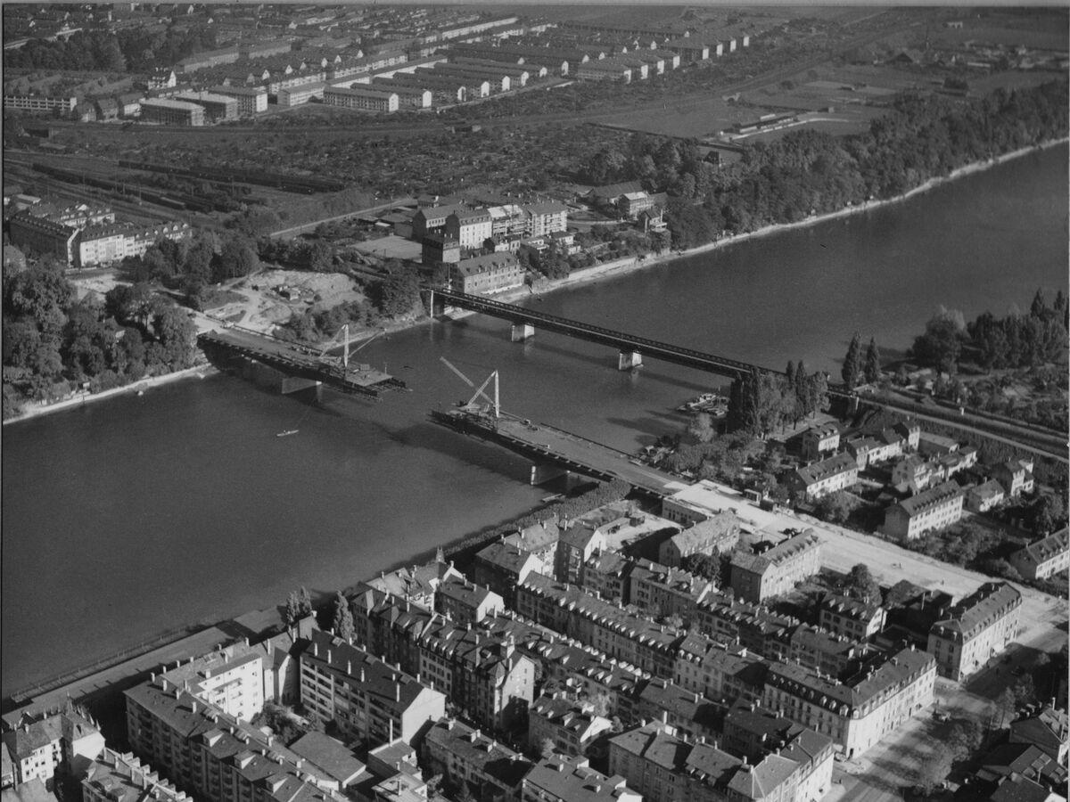 GFA 20/135.190: Stahl- und Brückenbau: St.Albanbrücke in Montage