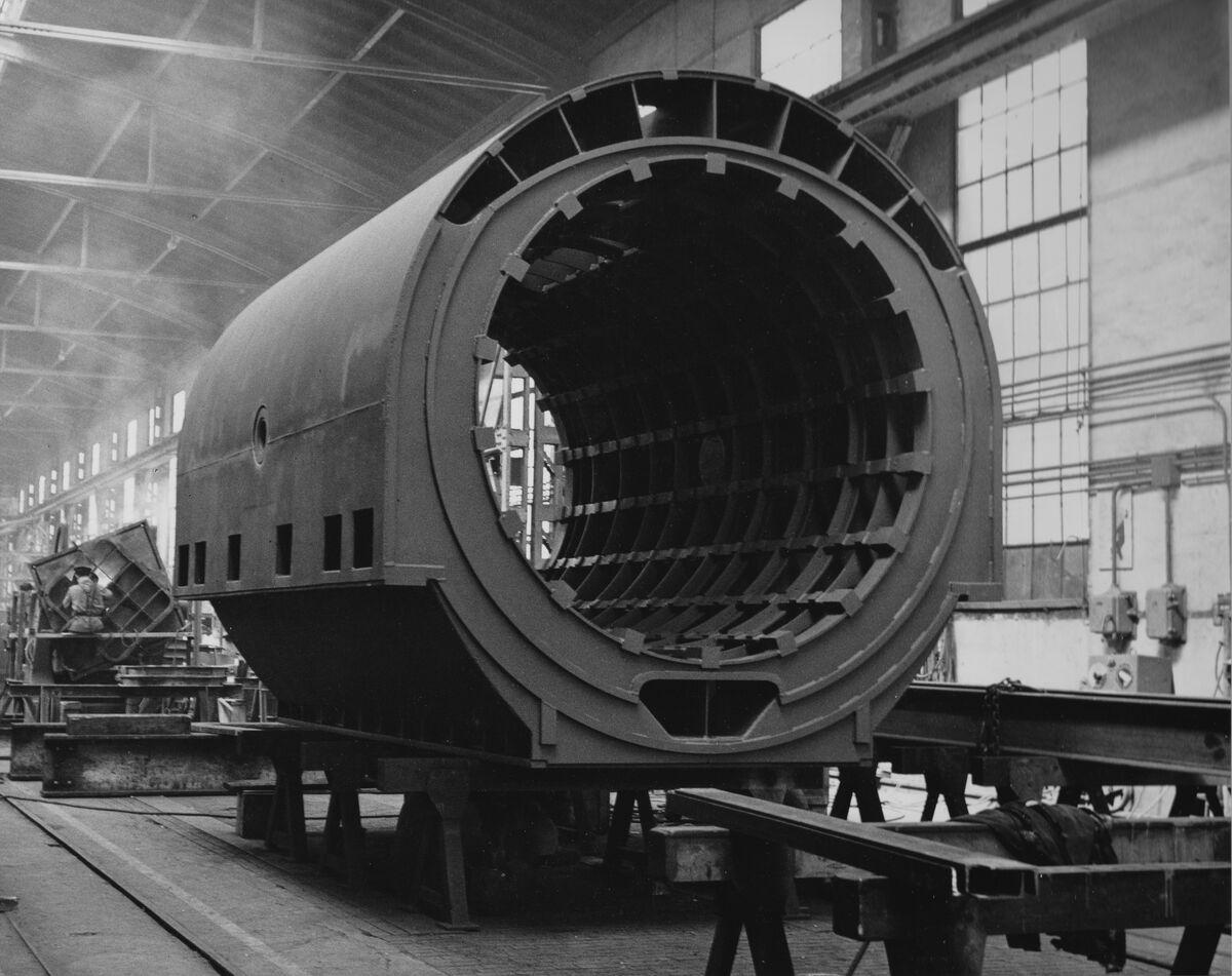 GFA 20/135.200: Stahl- und Brückenbau: Statorgehäuse 4,4m l, aussen 3m,16t