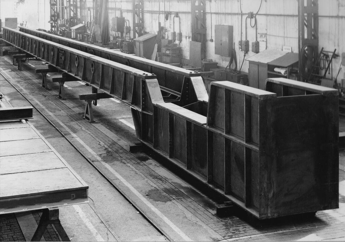 GFA 20/135.201: Stahl- und Brückenbau: Srtreckbank