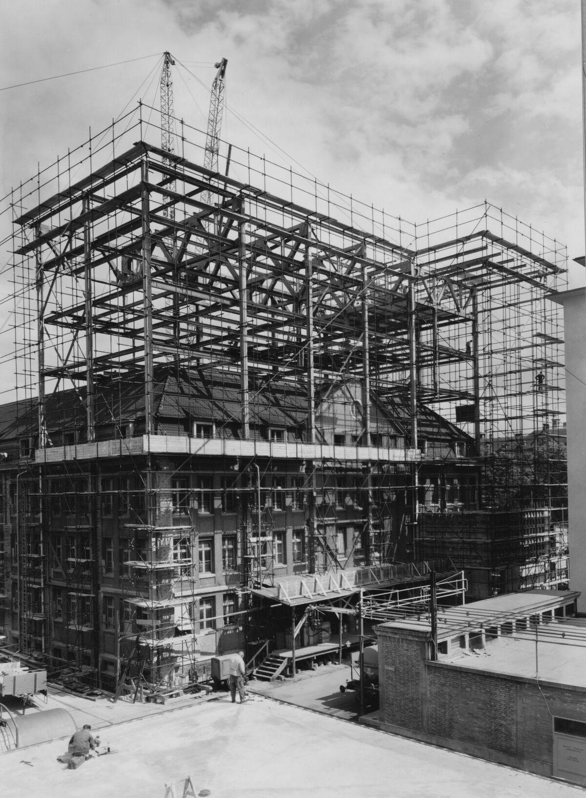 GFA 20/135.216: Stahl- und Brückenbau: Stahlgerüst Bau 147 CIBA