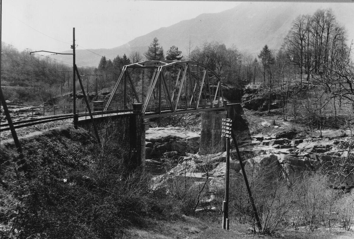 GFA 20/135.218: Stahl- und Brückenbau: Ponte Bolla