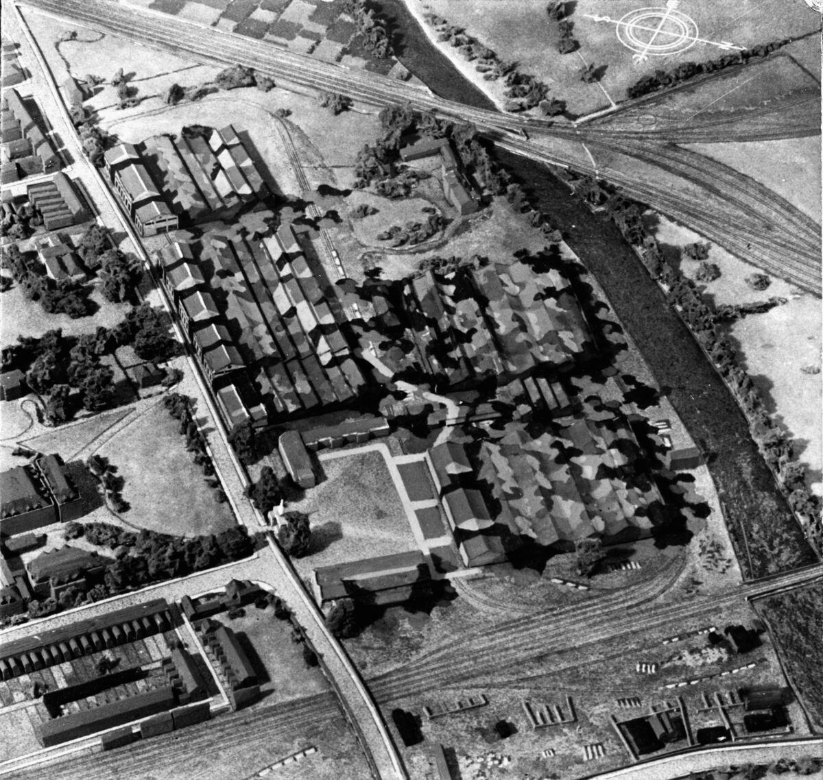 GFA 21/189.6: Aufnahmen des Werkes Bedford