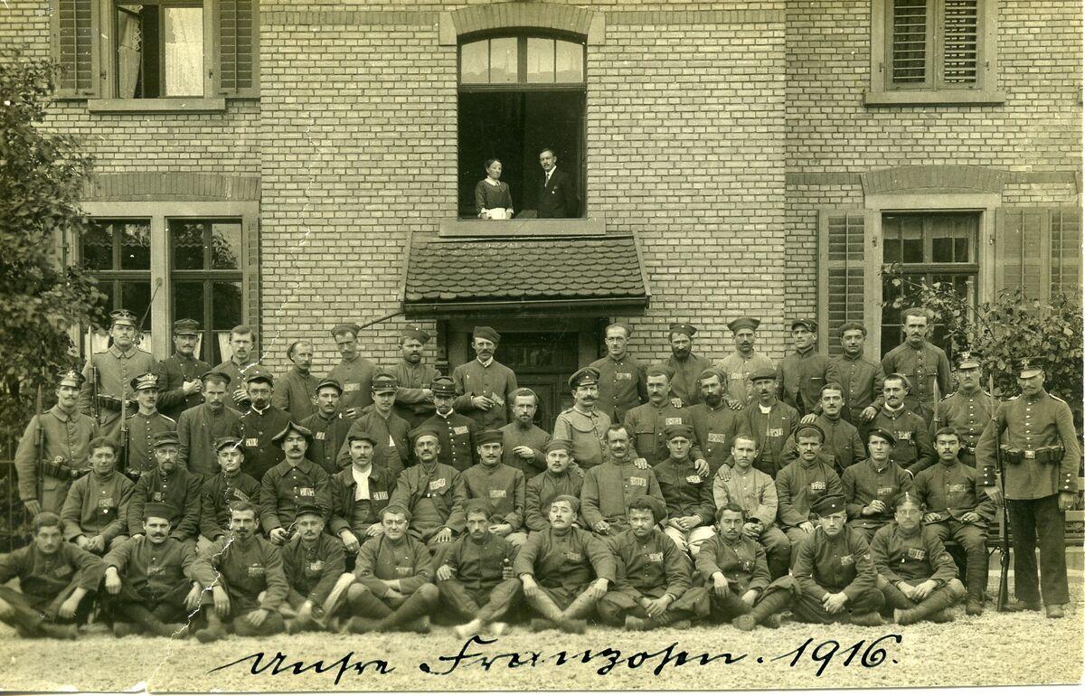 GFA 24/147.10: French prisoners of war