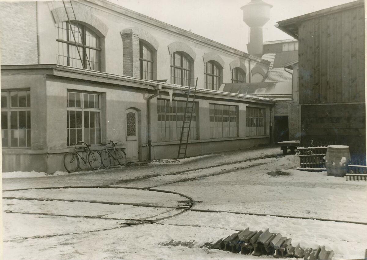 GFA 24/53.1088: Exterior view building Singen