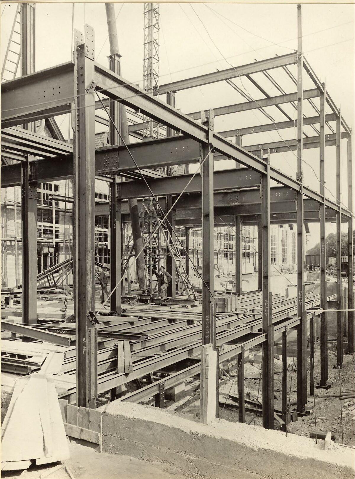 GFA 24/53.1118: Reconstruction sand shop