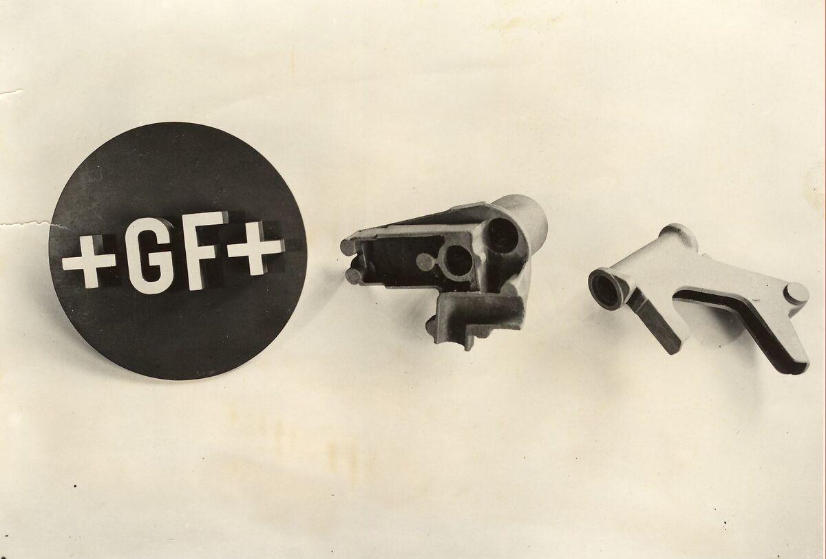 GFA 24/54.1574: Right main bearing and control head