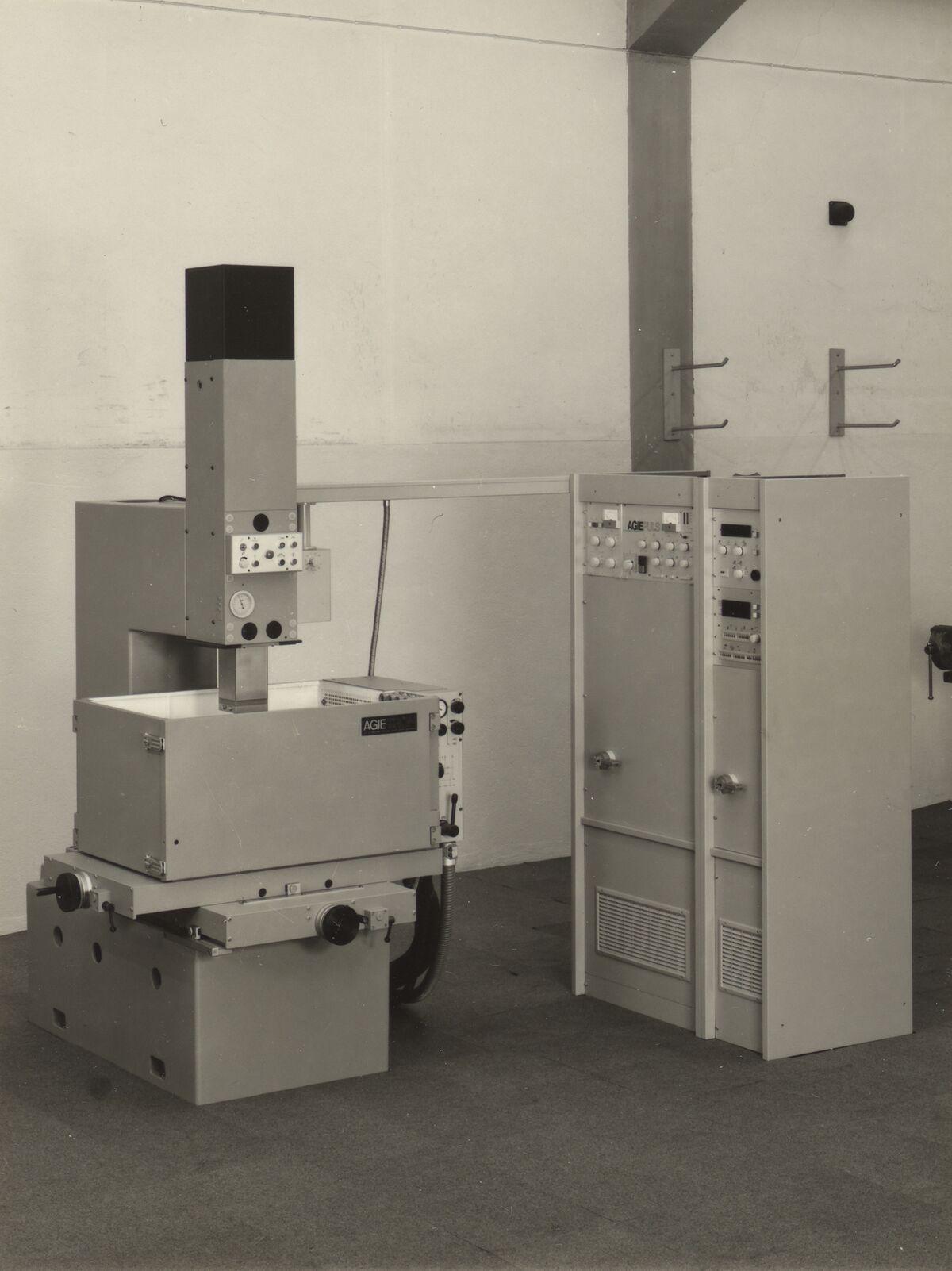 GFA 42/28007: AGIETRON EMS 3.30 mit Generator AGIEPULS 65 L