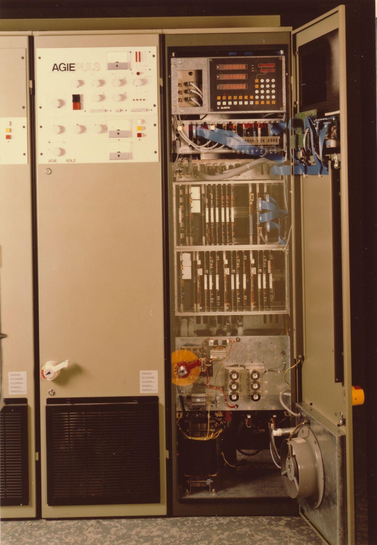 GFA 42/29518: AGIEMAT 3 und Generator AGIEPULS 60L2