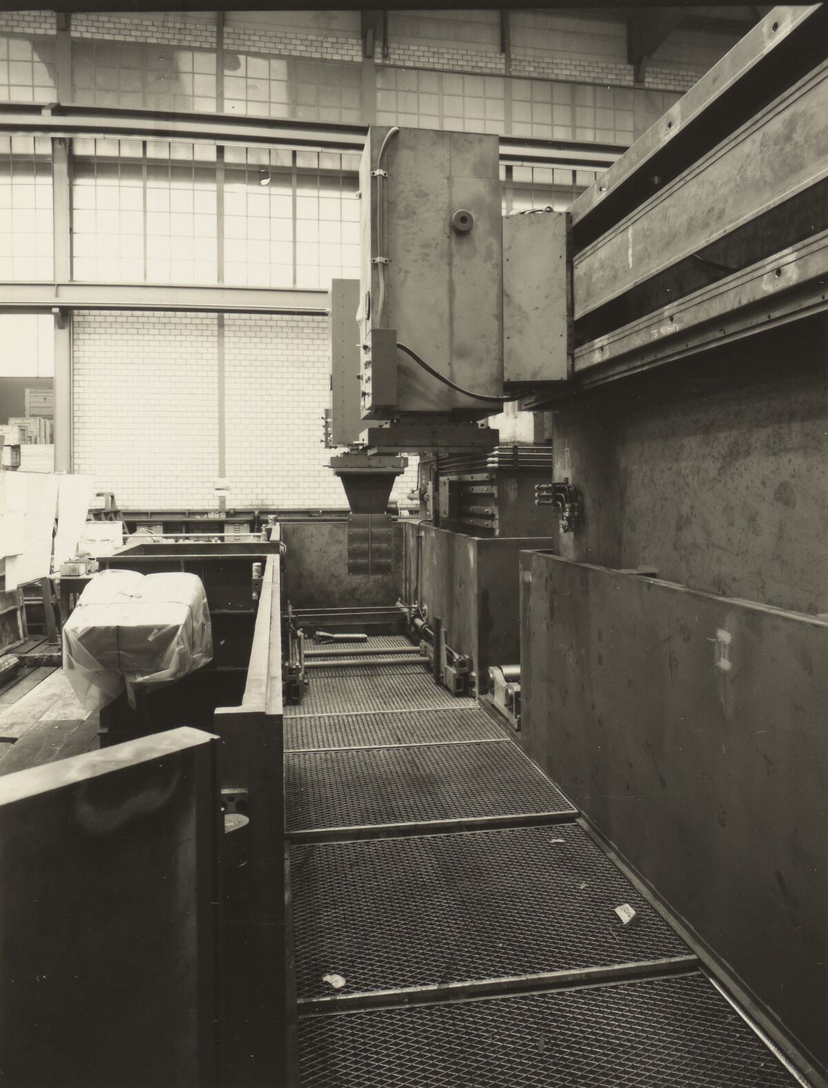 GFA 42/35506: AGIETRON-EMS 30 / P38 special machine for Georg Fischer, Schaffhausen