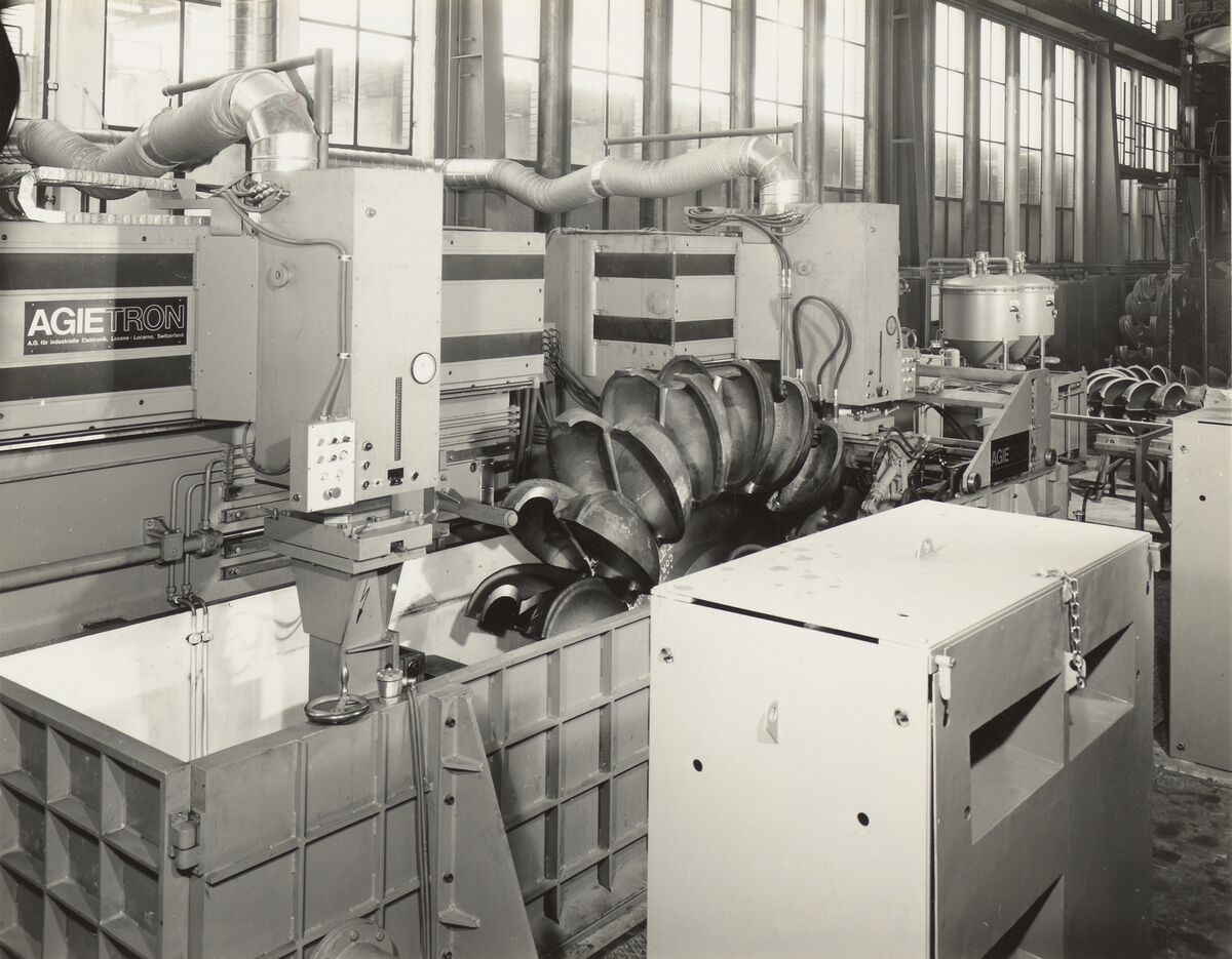 GFA 42/35513: AGIETRON-EMS 30 / P38 special machine at Georg Fischer, Schaffhausen