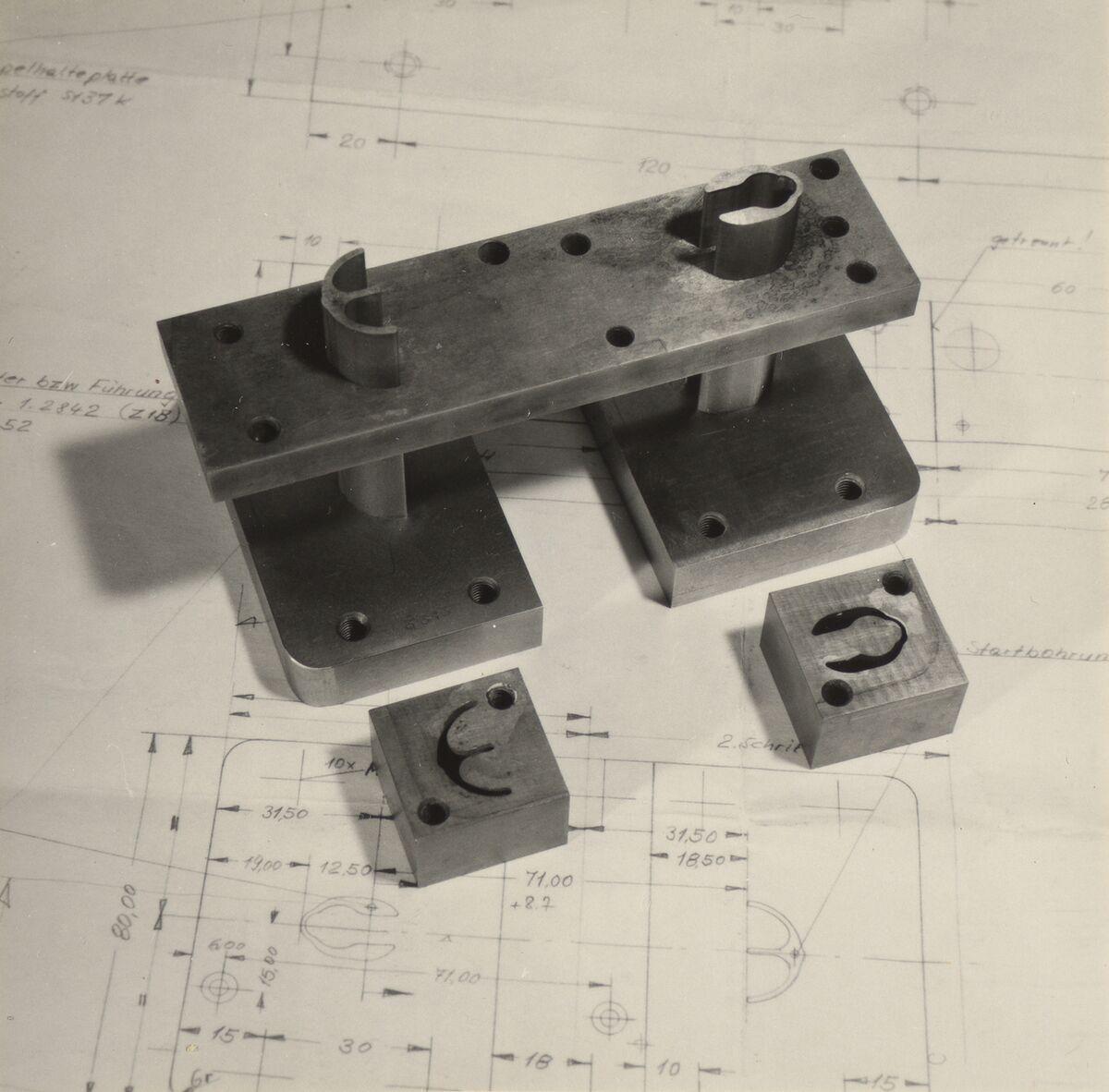 GFA 42/37108: Follow-up cut for valve springs