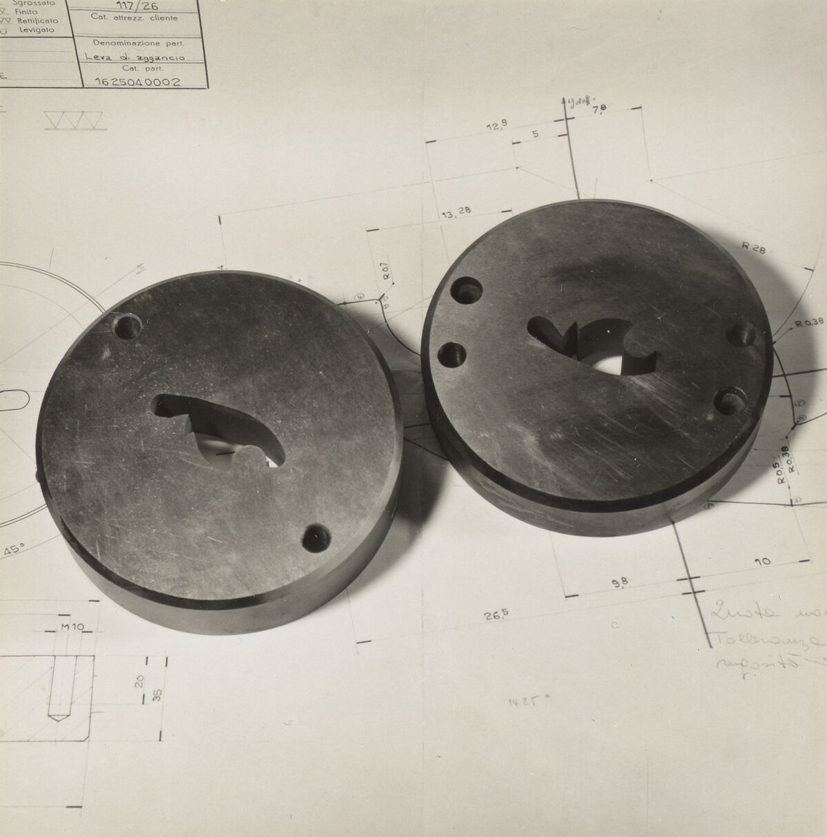 GFA 42/37139: Cutting and pressing plate for fine blanking tools
