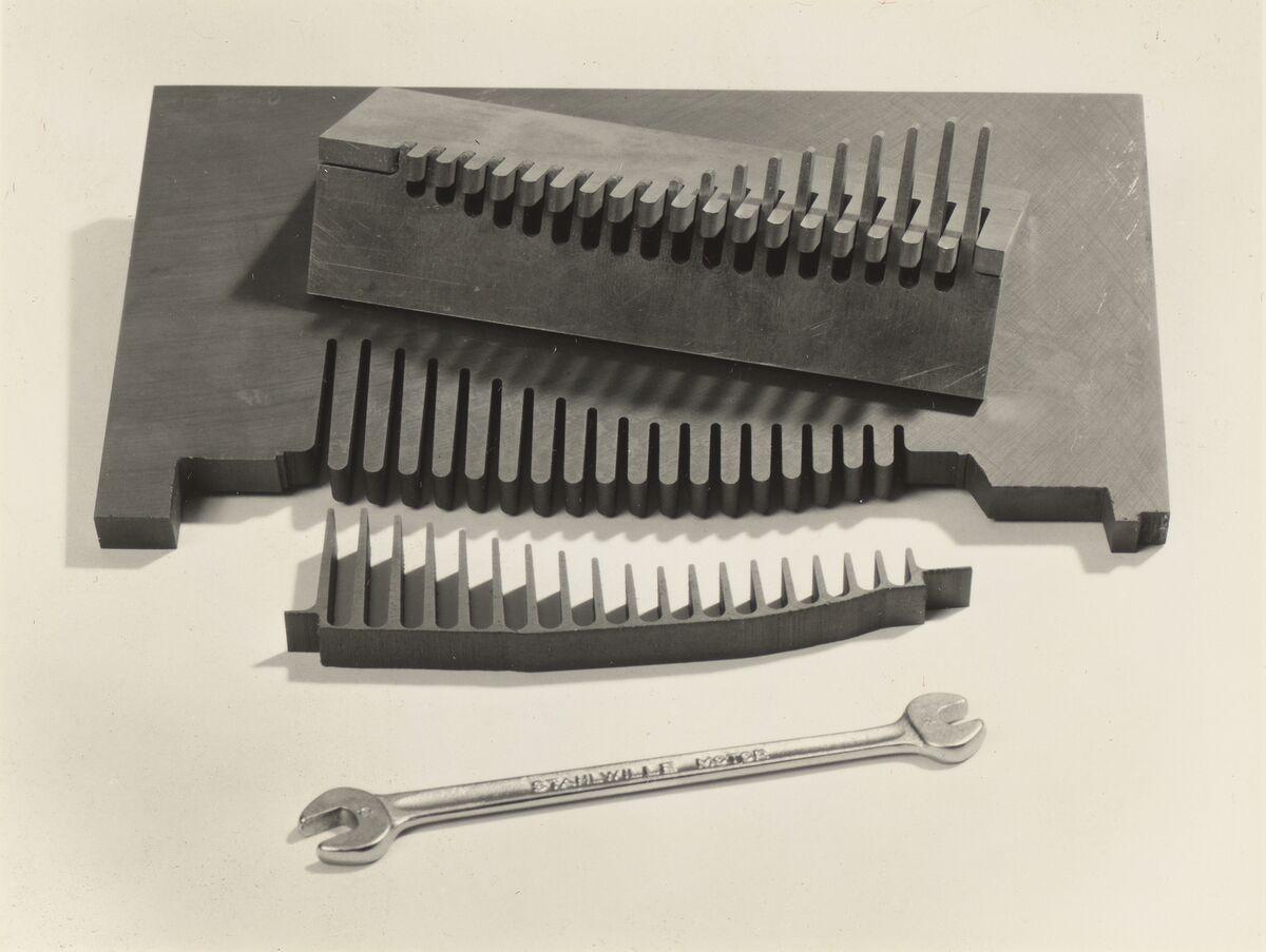 GFA 42/38009: Profile scraper for cylinder head mold