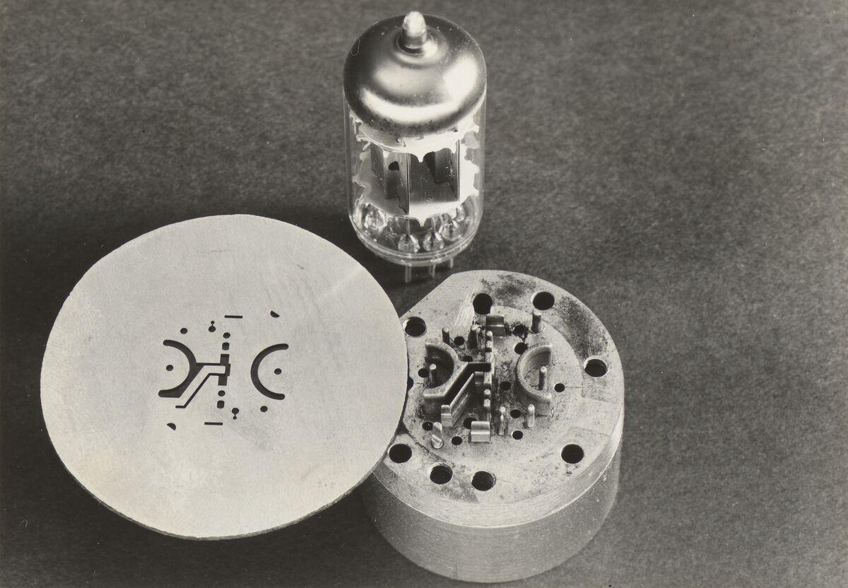 GFA 42/42112: Stanzmatrize für Glimmer-Isolatoren